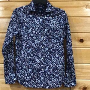 🆕Chaps Floral No Iron blouse